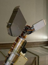 Detail robotické ruky - 378x505x16M (26 kB)