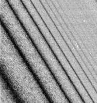 Proužková struktura prstenců - 726x768x256 (66 kB)
